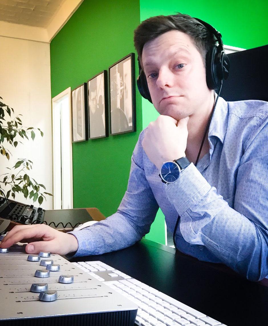 Michael Viol in der Tonstudio-Regie