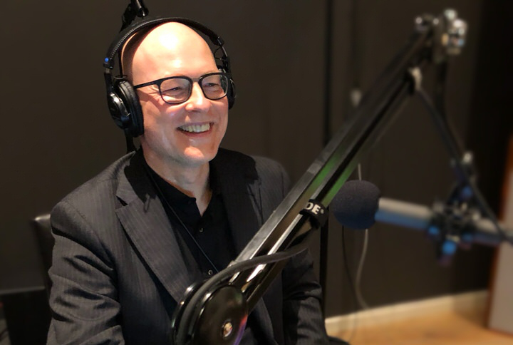 Dietmar Adam von combine consulting im Tonstudio bei WEARE PRODUCERS