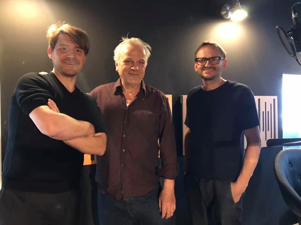 Wojtek Klemm, Bernhard Schütz und Milan Peschel in der Tonstudio-Regie bei WE ARE PRODUCERS